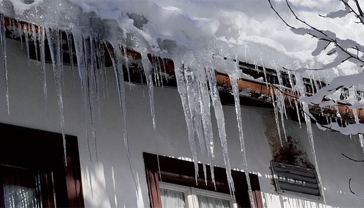 zima bez problemow ochrona dachow rynien i rur - Zima bez problemów. Ochrona dachów, rynien i rur przed zamarzaniem