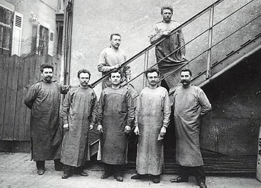 1905: Majstrzy firmy Bosch.