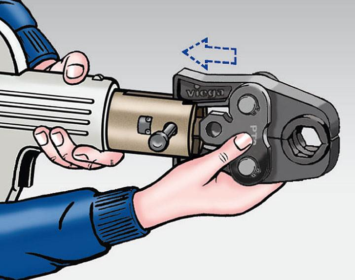Rys. 6. Szczękę zaciskową założyć na urządzenie do zaprasowywania. Sworzeń ustalający wsunąć tak, aby zaskoczył.