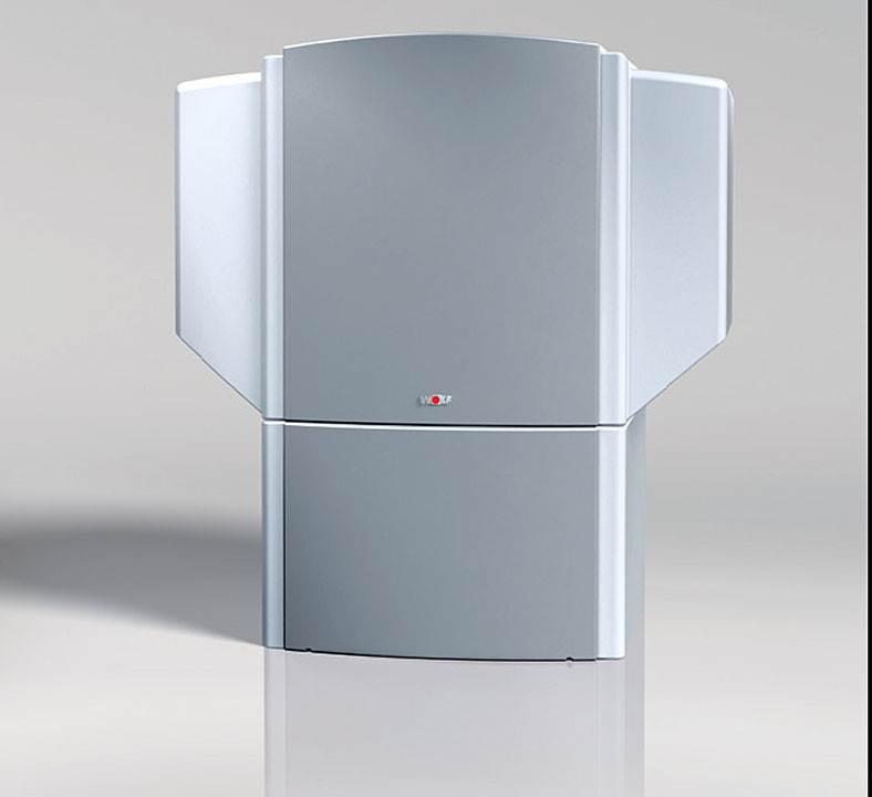 Fot. 7. Powietrzno-wodne pompy ciepła firmy Wolf charakteryzują się doskonałymi wartościami współczynnika wydajności cieplnej COP do 3,8 lub 4,0 przy A2/W35. Za prawie bezgłośne uruchomienie urządzenia troszczy się regulowany elektronicznie system łagodnego startu.