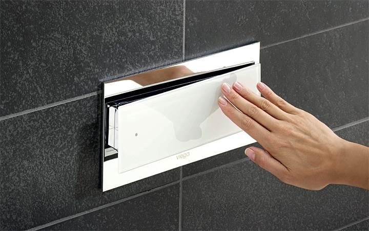 Fot. 7a. Lekki nacisk dłoni czy system bezdotykowy? Oba są równie popularne w domach jednorodzinnych. Fot.: Viega