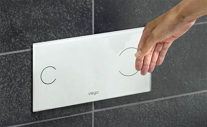 Fot. 7b. Lekki nacisk dłoni czy system bezdotykowy? Oba są równie popularne w domach jednorodzinnych. Fot.: Viega