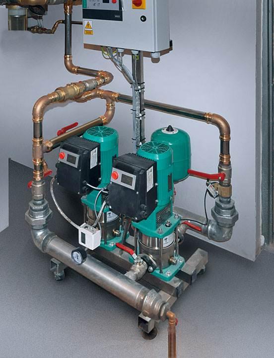 Podłączenie do zestawu hydroforowego wykonane w systemie zaprasowywanym. (Fot: Viega)