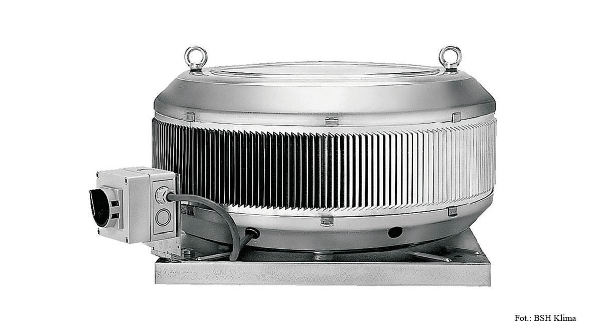 FOT. 2. Wentylator z wywiewem poziomym, silnikiem z zewnętrznym wirnikiem, dla wywiewu powietrza o temperaturze do 70°C bez zanieczyszczeń.