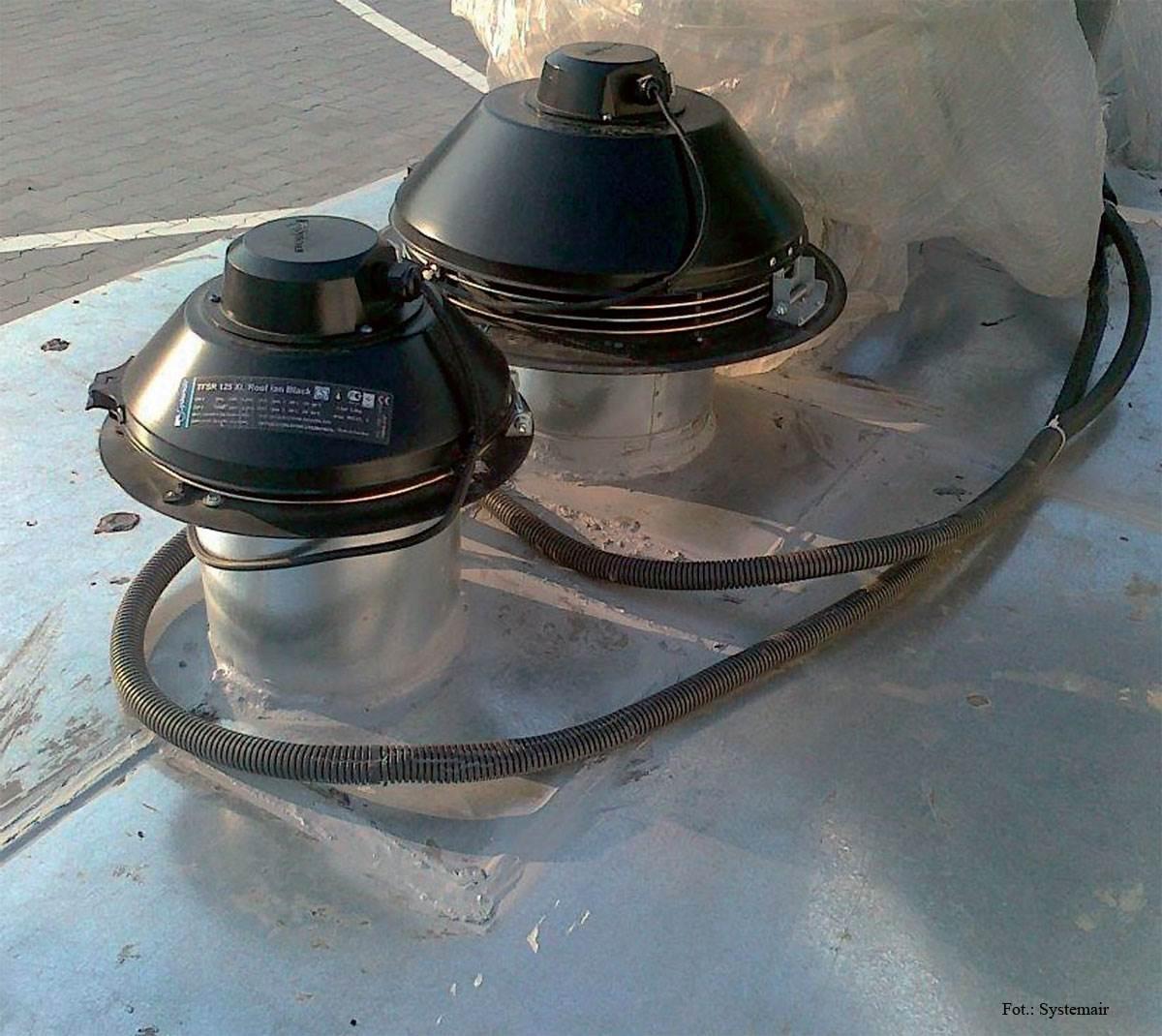 FOT. 3. Zastosowanie wentylatorów dachowych pozwala na zrezygnowanie z urządzeń kanałowych. Dzięki temu praca systemu jest cichsza.