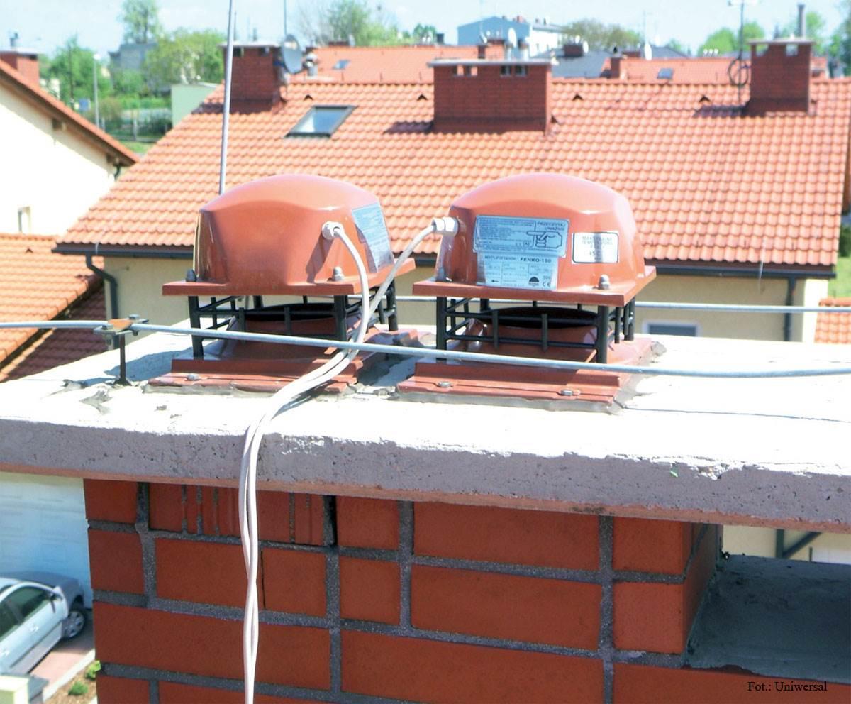 FOT. 7. Konstrukcja wentylatora umożliwia bezproblemowy montaż na podstawie dachowej lub cokole murowanym.