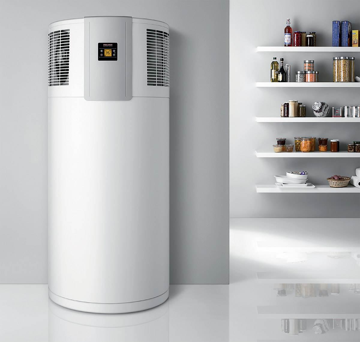 """FOT. 2. Kompaktowe pompy ciepła swoim wyglądem przypominają pozostałe sprzęty gospodarstwa domowego. Nie musimy ich więc """"chować"""" w pomieszczeniu gospodarczym czy kotłowni. Fot.: Stiebel Eltron"""