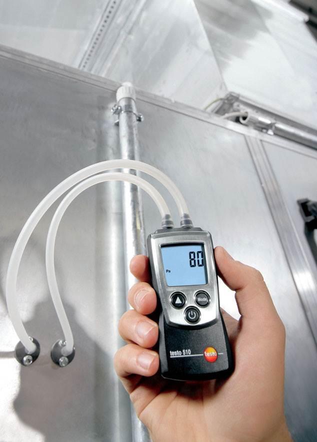Fot. 5. Czynności konserwacyjne wykonuje się kanałach wentylacyjnych instalacji przemysłowych. Fot. Testo