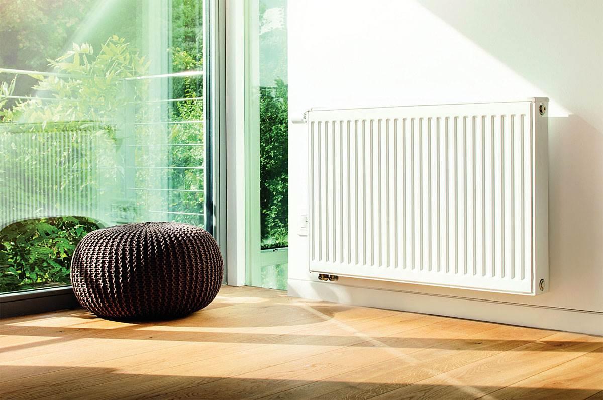 Fot. 5. Konstrukcja grzejników płytowych sprawia, że ciepło przekazywane jest do pomieszczenia przez konwekcję i promieniowanie. Fot. Buderus