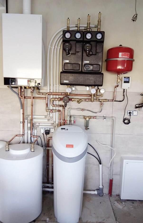 Fot. 3. Odpowiednie grupy pompowezapewniają możliwie najefektywniejsządystrybucję energii. Fot. APINEX INSTALACJE