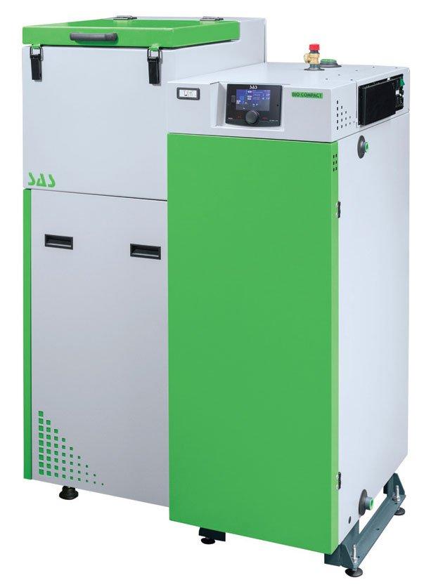 Fot. 3. W nowoczesnych kotłach uwzględnia się szereg rozwiązań zapewniających komfort obsługi i niską emisję spalin. Fot. ZAKŁAD METALOWO-KOTLARSKI SAS MIECZYSŁAW SAS