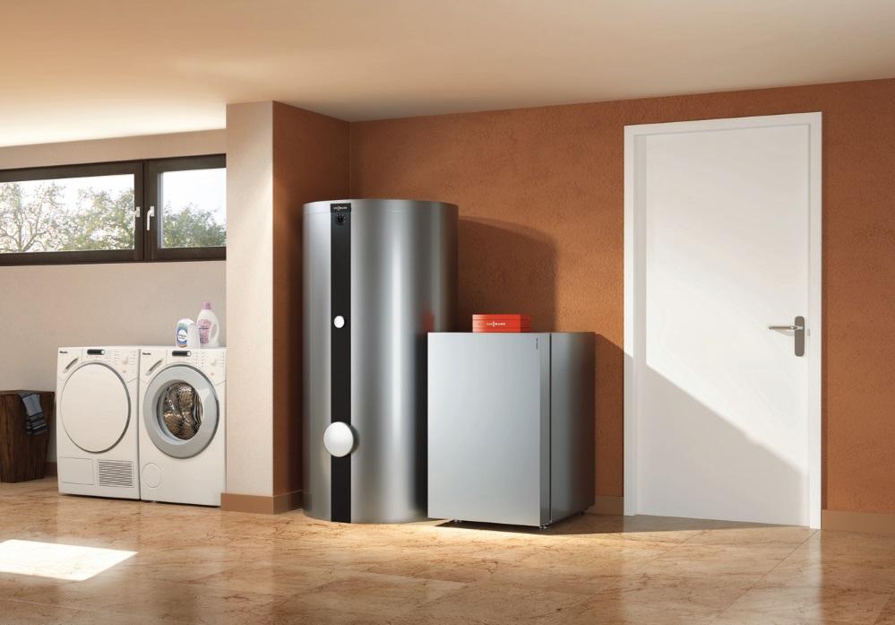 Fot. 5. W myśl nowych przepisów F-gaz lepiej jest wybrać urządzenie, które zawiera mniej niż 3 kg czynnika chłodniczego lub mniej niż 5t ekwiwalentu CO2. Wynika to między innymi z tego, że gruntowe pompy ciepła zawierające tzw. F-gazy w ilości powyżej 3 kg na jeden moduł chłodniczy wymagają rejestracji w systemie Centralnego Rejestru Operatorów. Fot. VIESSMANN