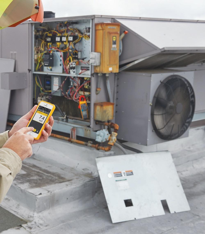 Fot. 6. Nowoczesne przyrządy pomiarowe współpracują z aplikacjami mobilnymi. Fot. FLUKE