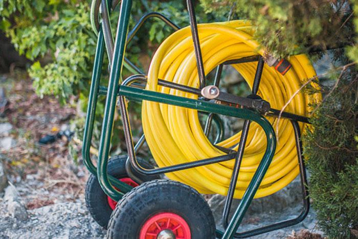 czym sie kierowac przy wyborze weza ogrodowego1 - Czym się kierować przy wyborze węża ogrodowego?