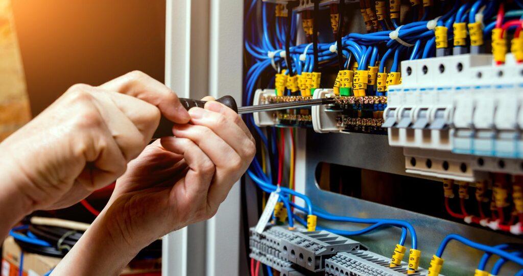 Szybkozłączniki - dlaczego warto ich używać?