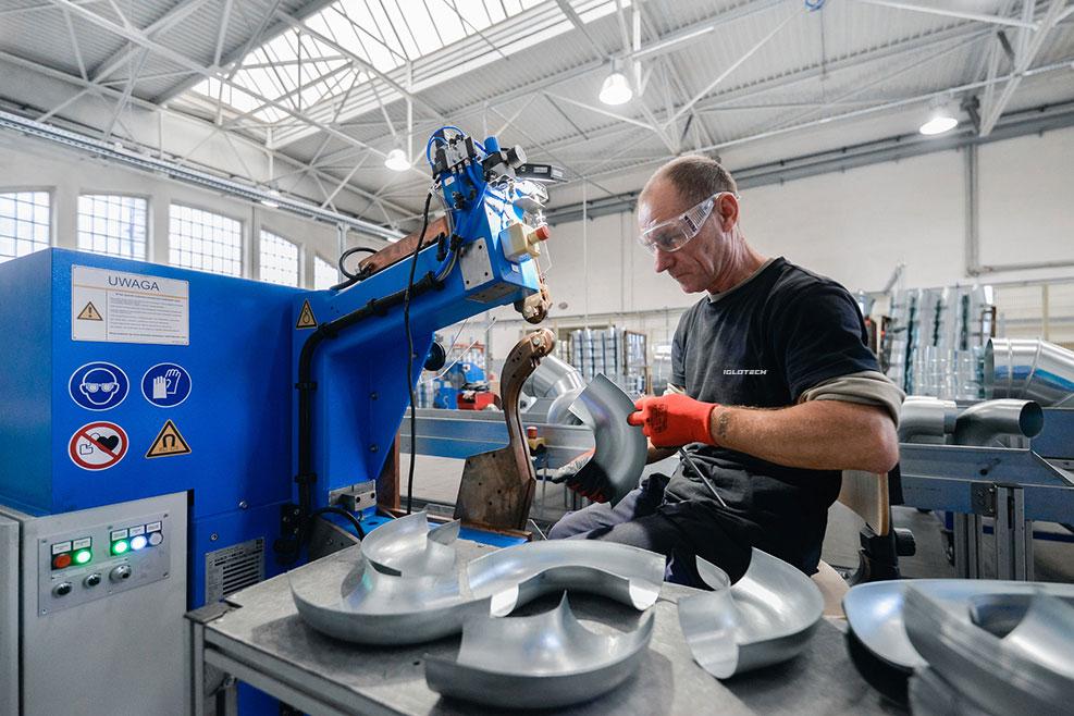 iglotech produkcja elementow wentylacyjnych forvent2 - Iglotech -produkcjaelementów wentylacyjnychFORVENT