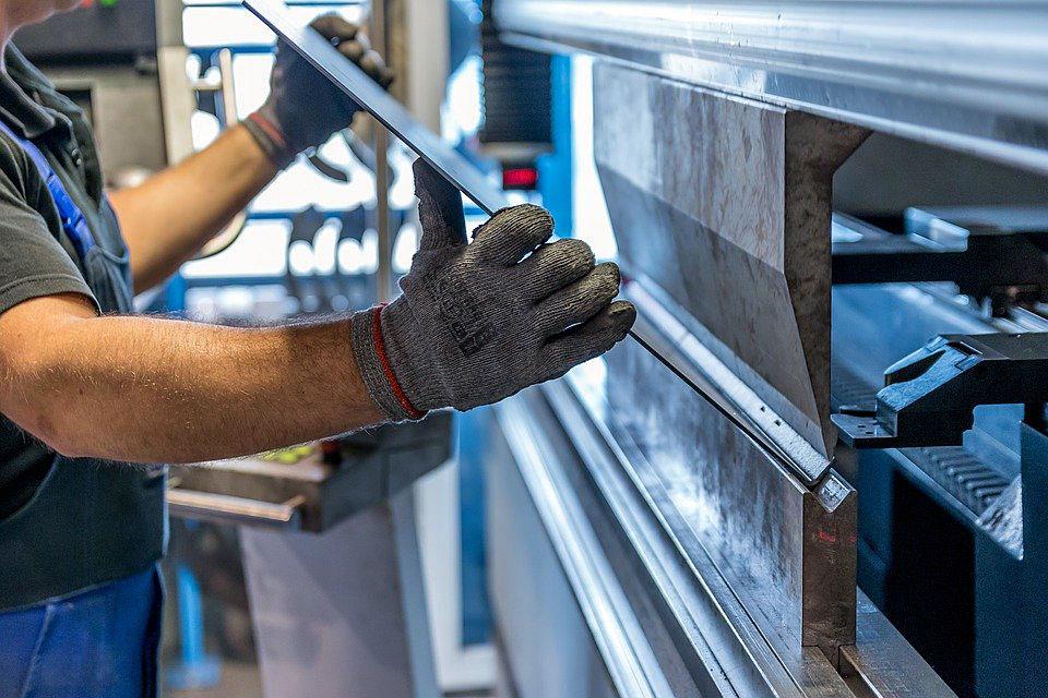 Śrutowanie to niezawodny i szybki sposób na uzyskanie pożądanej powierzchni wielu materiałów