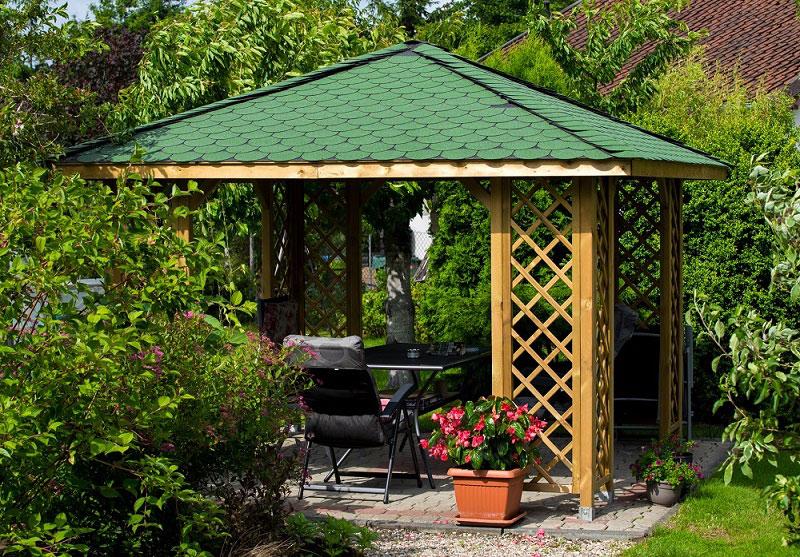 altana drewniana ewa - Drewniana altana w ogródku? Sprawdźmy jak się przygotować.