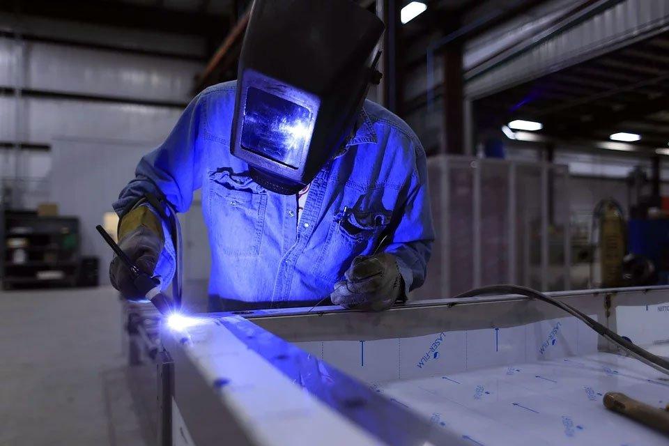 spawanie laserowe to nie tylko gwarancja najwyzszej precyzji sprawdz wszystkie zalety takiego rozwiazania - Spawanie laserowe to nie tylko gwarancja najwyższej precyzji. Sprawdź wszystkie zalety takiego rozwiązania