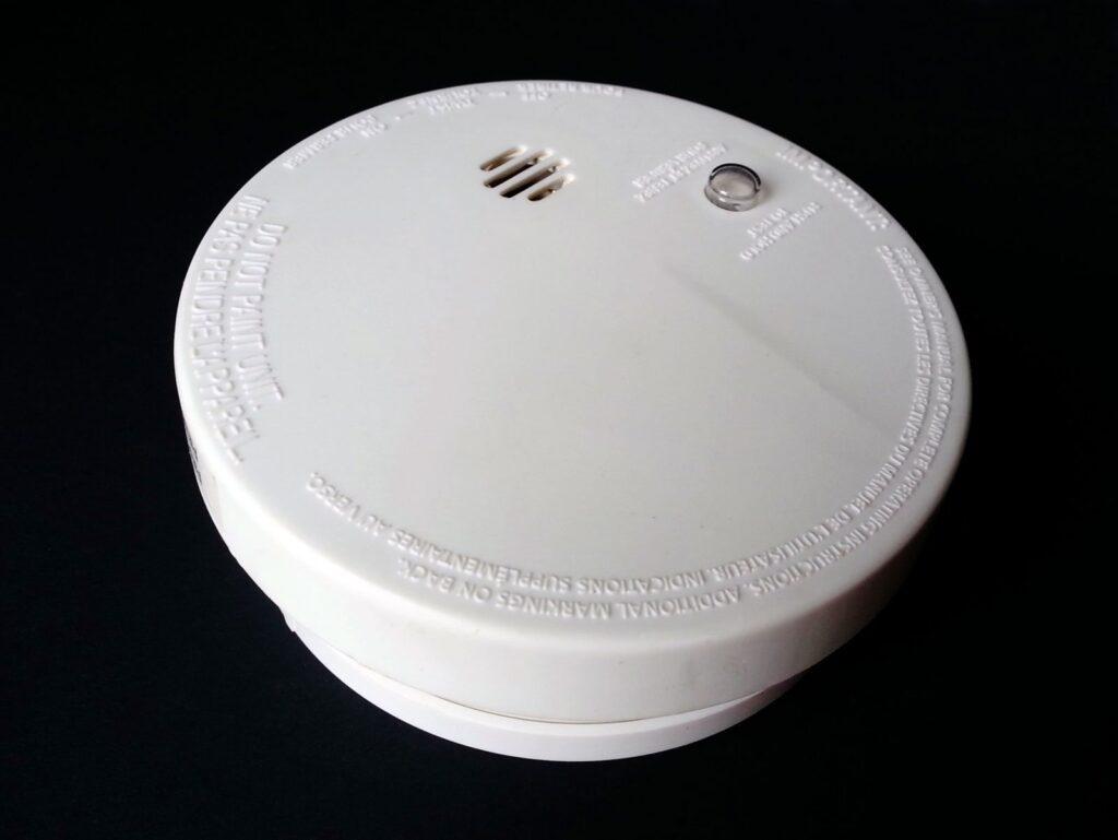 detektor gazu czadu ruchu i zalania pelna ochrona domu 1024x769 - Detektor gazu, czadu, ruchu i zalania – pełna ochrona domu
