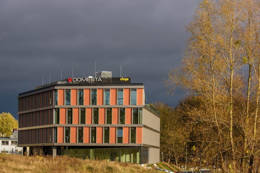 nowa lokalizacja biura viega1 - Komfortowe warunki dla pracowników i gości w nowej lokalizacji biura Viega