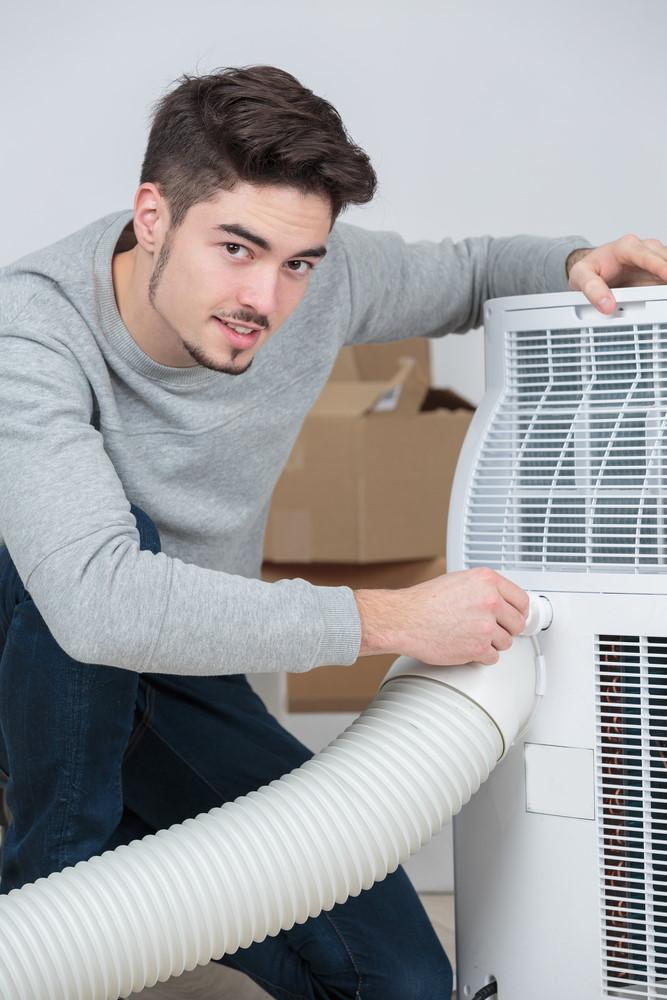 """klimatyzator bez rury nie istnieje nie daj sie nabrac2 - """"Klimatyzator bez rury"""" nie istnieje. Nie daj się nabrać!"""